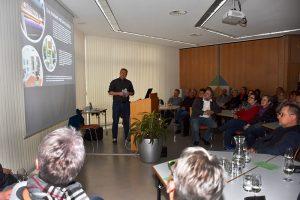 "Autorenlesung ""Hopscotch 8"" mit Hans-Martin Goede"