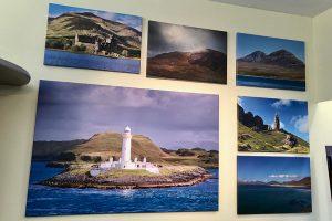 Schottlandbilder in der Ausstellung im Reisebüro Binder